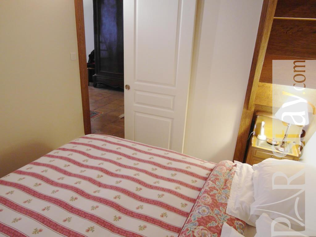 1 bedroom flat vacation renting paris ile st louis 75004 paris