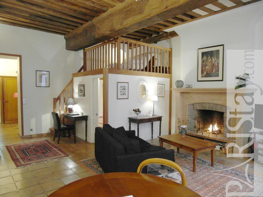 Living Room Furniture St Louis 1 Bedroom Flat Vacation Renting Paris Ile St Louis 75004 Paris