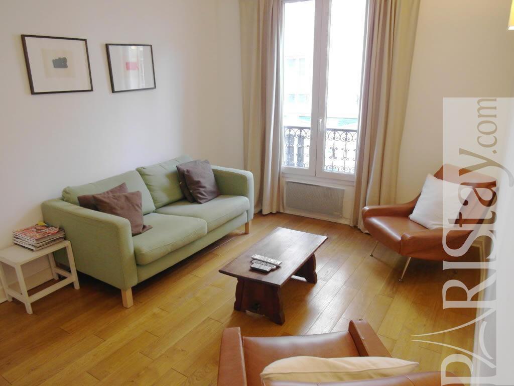 2 Bedrooms Apartment Long Term Rentals Paris Montmartre 75018 Paris