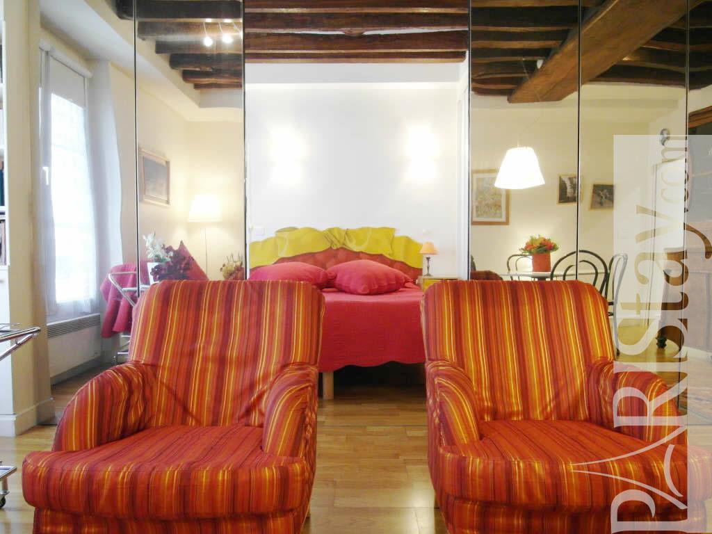 1 Bedroom Apartment Paris Short Term Rental Ile St Louis 75004 Paris