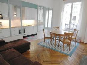 Apartment Jouffroy d'Abbans 2 Bed - 2 bedrooms