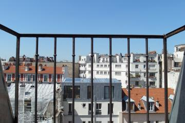 Apartment Lenoir studette balcony 6