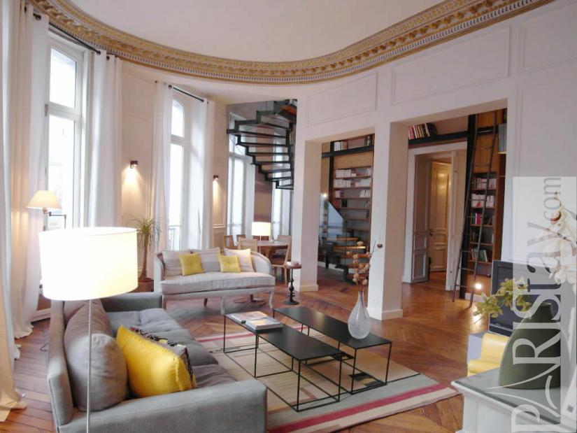 Paris luxury apartment rentals Montorgueil 75002 Paris