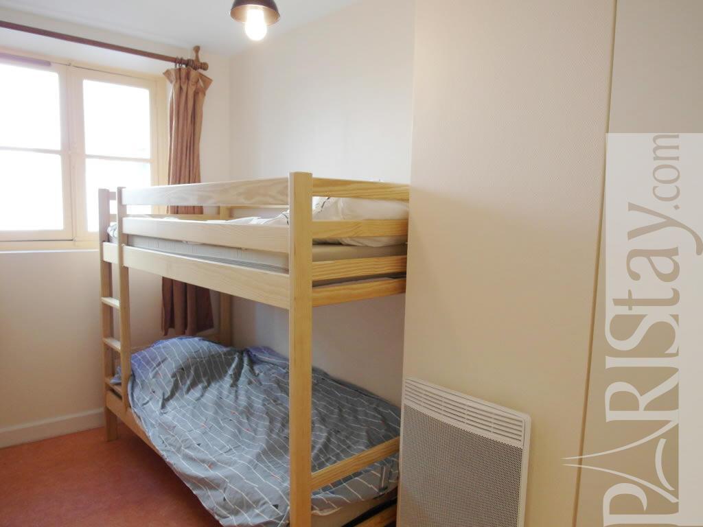 Paris location meubl e appartement type t3 faubourg st - Chambre a coucher mobel martin ...