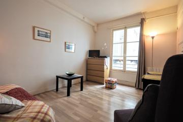 Apartment Champs Elysees Ponthieu Studio