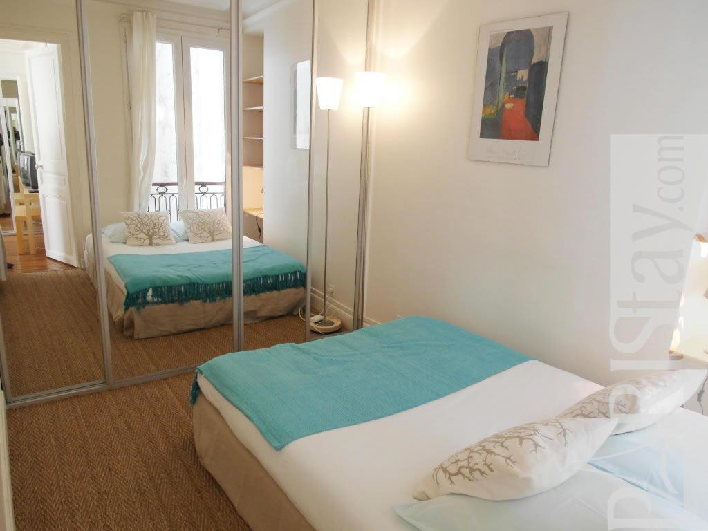 Paris location meubl e appartement type t2 lauriston 72 - Chambre a coucher paris ...