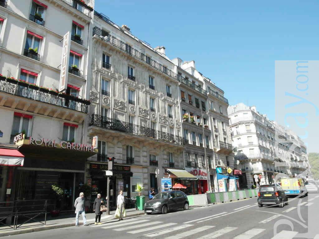paris apartment long stay quartier latin 75005 paris. Black Bedroom Furniture Sets. Home Design Ideas