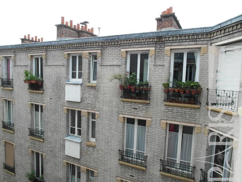 Paris location meubl e duplex type t5 daumesnil duplex for Duplex appartement paris