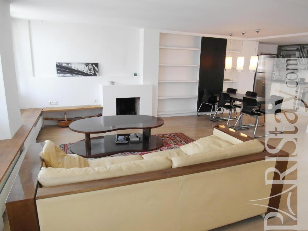 Paris location meubl e duplex type t3 varenne duplex for Duplex appartement paris
