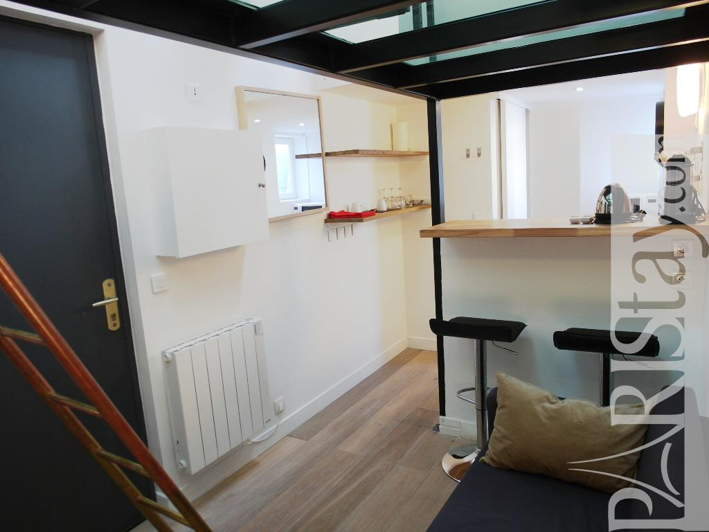 Paris location meubl e t1 etudiant studio malesherbes studio mezzanine - Amenager un studio de 20m2 ...