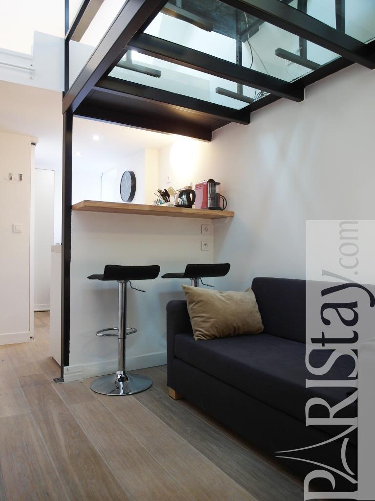 paris location meubl e t1 etudiant studio malesherbes. Black Bedroom Furniture Sets. Home Design Ideas