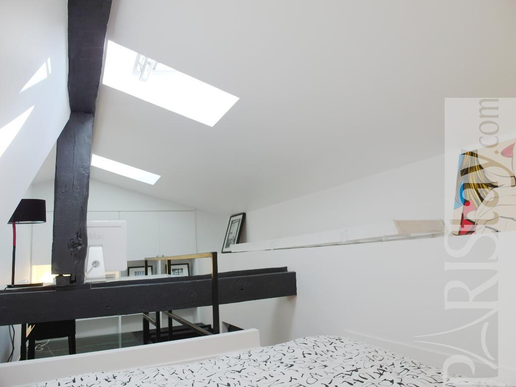 Mezzanine Sleeping Area long term rentals paris madeleine-concorde 75008 paris