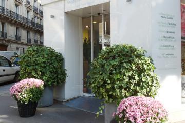 paris location meubl e appartement type t1 etudiant studio pepiniere g. Black Bedroom Furniture Sets. Home Design Ideas