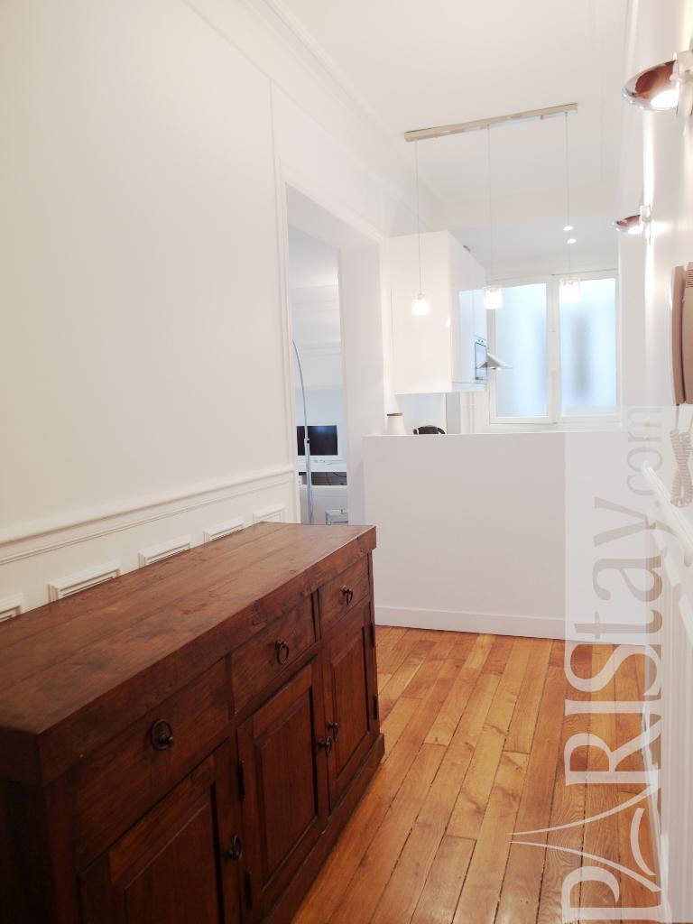 Paris location meubl e appartement type t5 pereire duplex for Duplex appartement paris