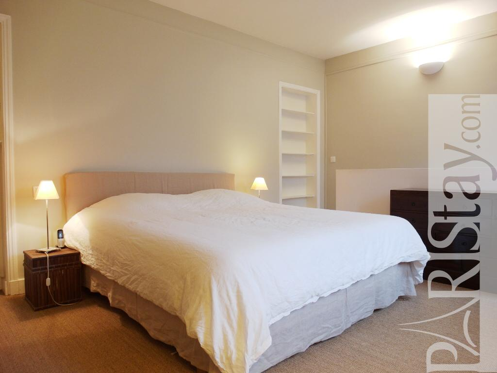 Paris Location Meubl E Appartement Type T5 Pereire Duplex