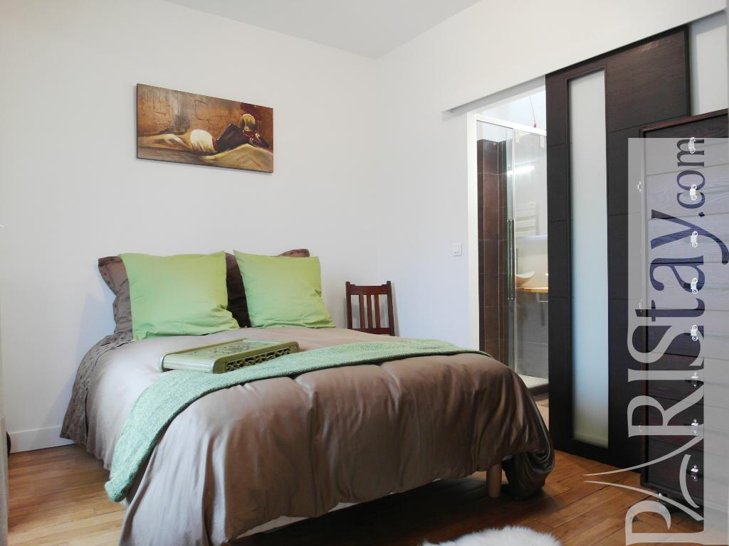 paris location meubl e appartement type t2 cosy daumesnil. Black Bedroom Furniture Sets. Home Design Ideas