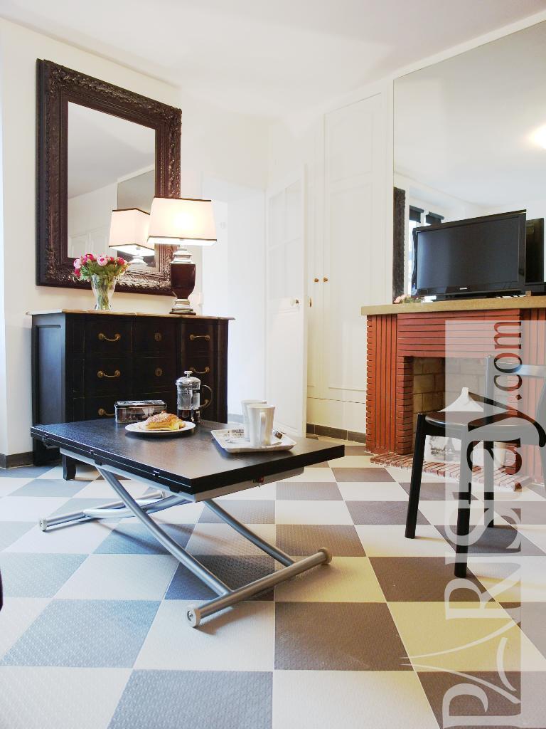 Paris Location Meubl E Appartement Type T2 Malar Eiffel