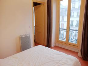 Faubourg St Martin 1 Bed
