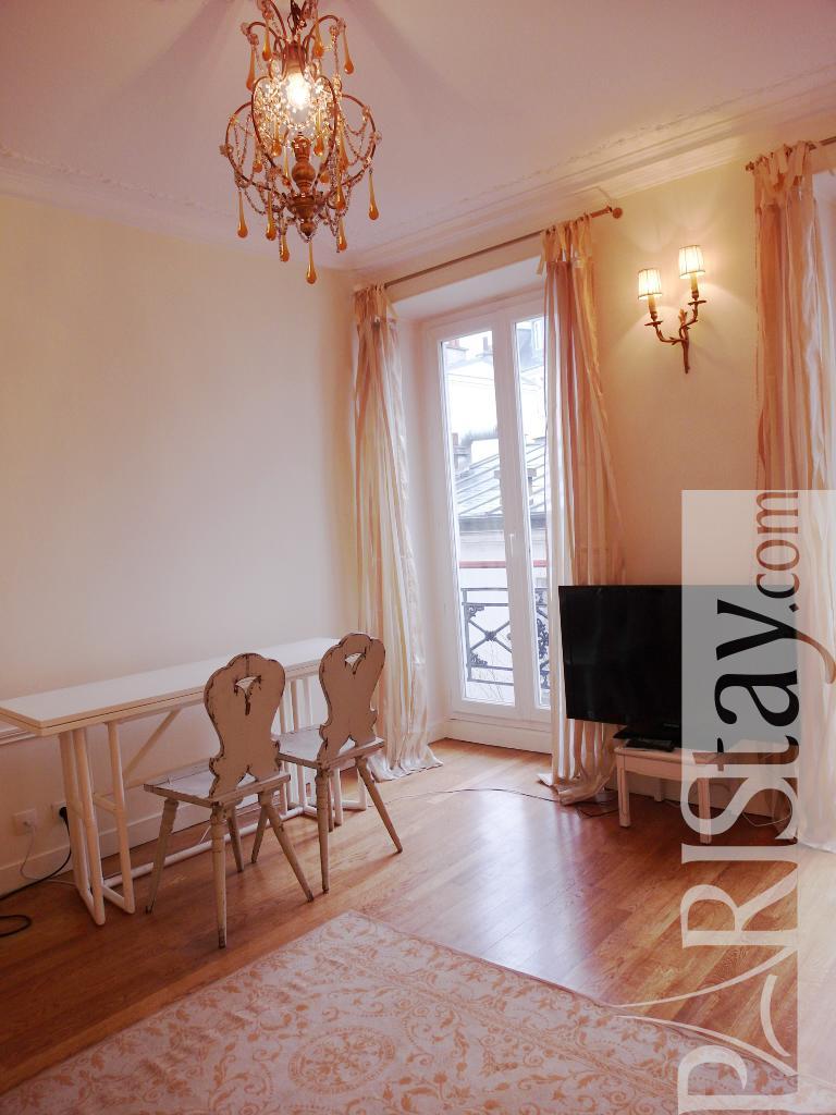 1 Bedroom Apartment Long Term Renting Paris Montmartre 75018 Paris