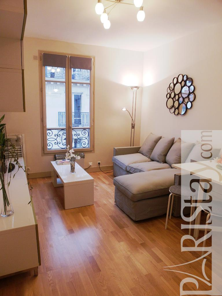 Rental Apartment Living Room Decorating Ideas: Paris Apartment Rental Place Des Vosges 75004 Paris