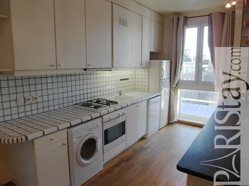 Paris location meubl e appartement type t3 marais duplex view for Duplex appartement paris