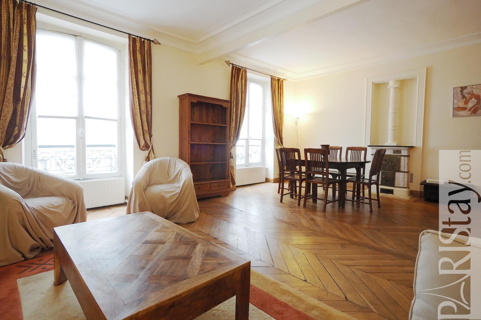 1 bedroom apartment long term rentals Place des Ternes ...