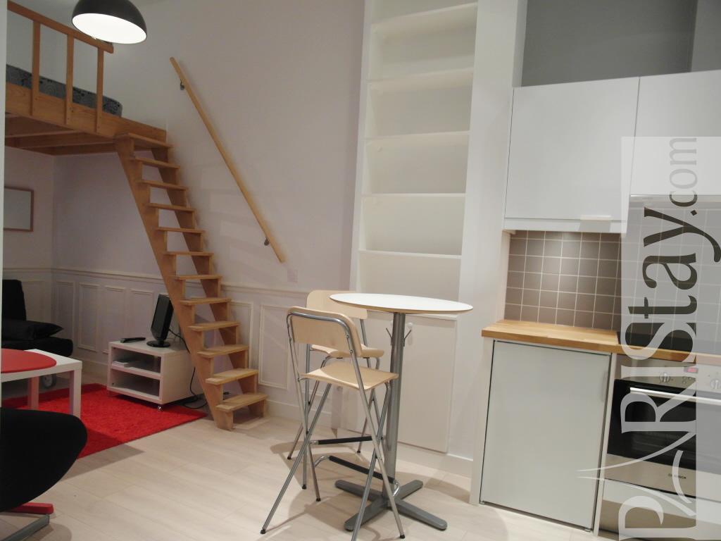 Paris location meubl e appartement type t1 studio palais royal mezzanine - Kind mezzanine kantoor ...