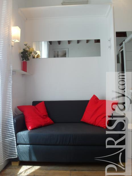 Student Living Room Decor: Paris Student Studio Rental Quartier Latin 75005 Paris
