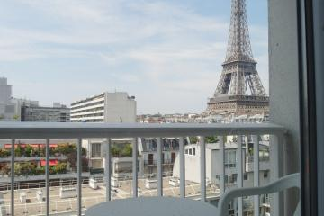 Apartment Eiffel Tower Balcony