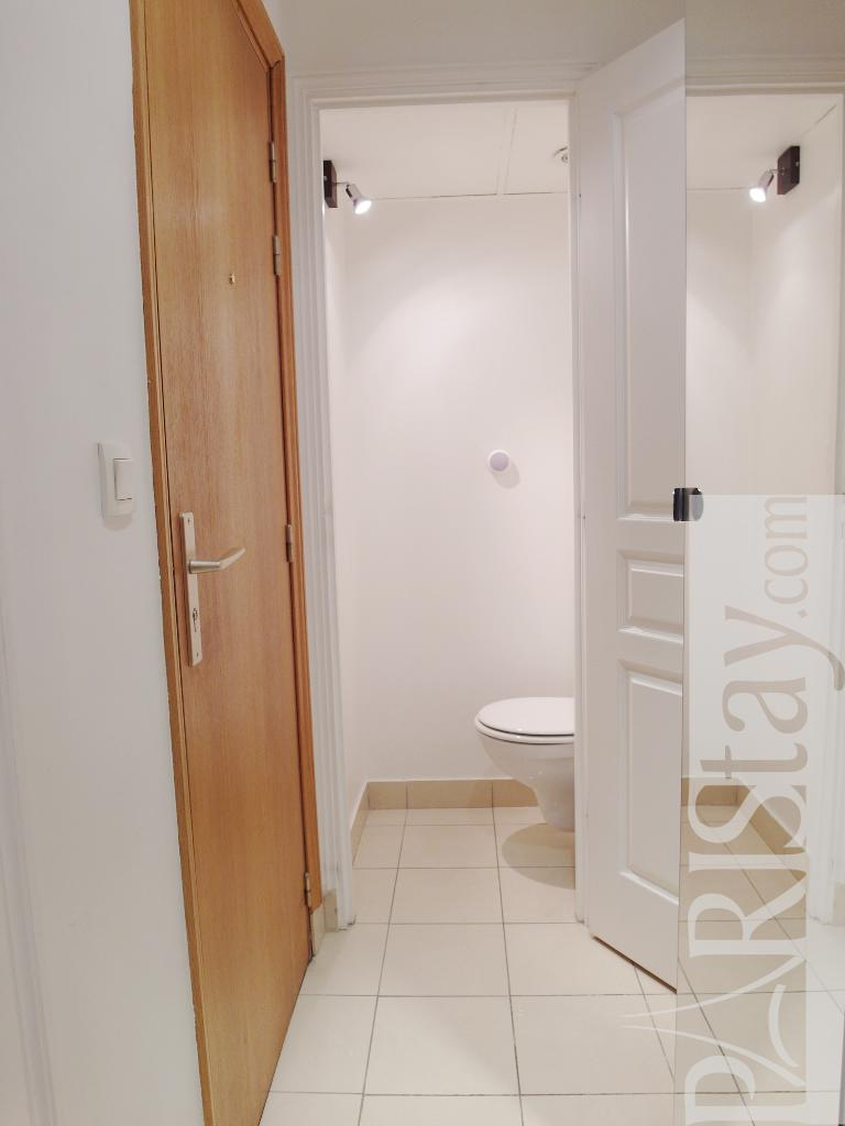 paris location meubl e appartement type t1 studio pache studio. Black Bedroom Furniture Sets. Home Design Ideas