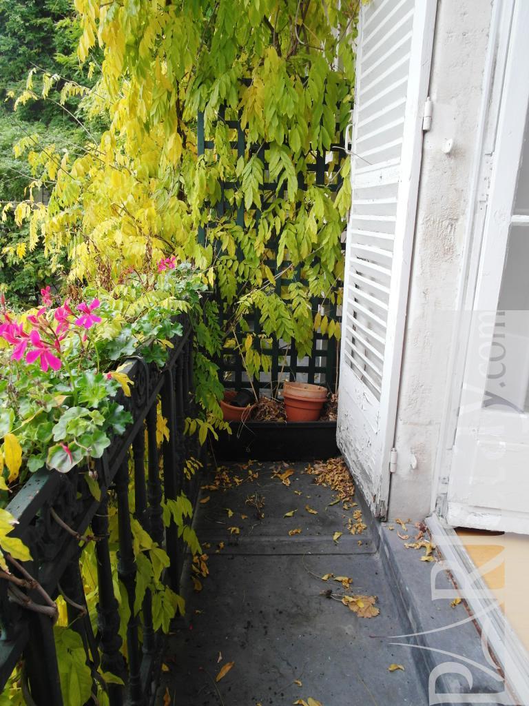 paris location appartement type t1 studio jardins des plantes cuvier. Black Bedroom Furniture Sets. Home Design Ideas