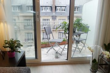 Apartment Passy Balcony Studio