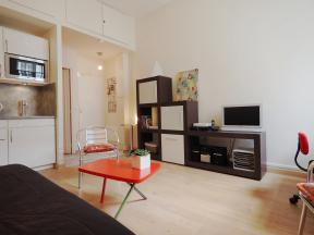 1 Paris Apartment Rentals Hotel De Ville