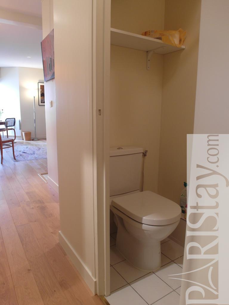 paris location meubl e appartement t1 studio beranger spacious studio. Black Bedroom Furniture Sets. Home Design Ideas