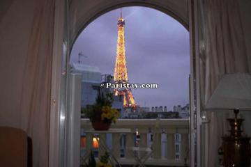 Apartment Eiffel Suffren View
