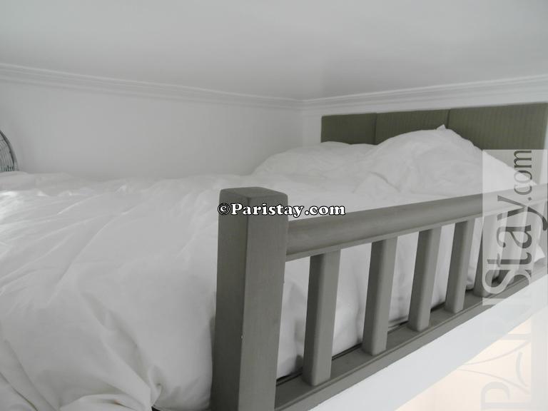 Mezzanine Sleeping Area paris furnished apartment for rent louvre quarter palais royal 75001