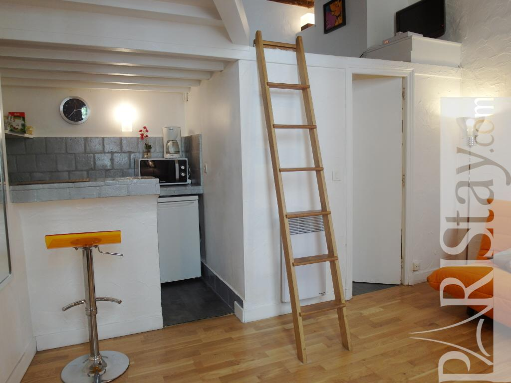 Paris location meubl e appartement type t1 studio buci mezzanine - Studio mezzanine ...