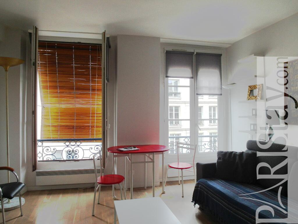 Rent apartment in paris france studio Beaubourg 75001 Paris