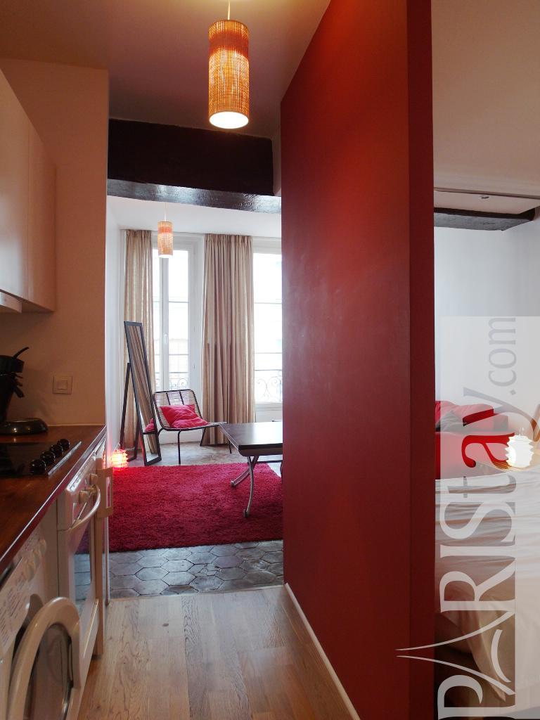 Paris location meubl e appartement t1 studio ferronerie for Alcove studio