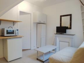 Apartment Saint Lazare cosy - 1 bedroom