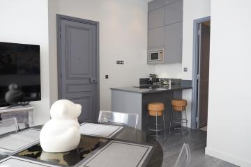 Apartment Foch Elegant Suite