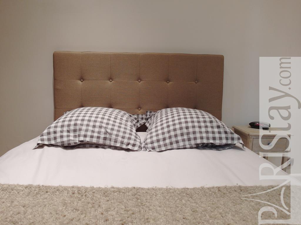 Paris location meubl e appartement type t2 passy plazza for Chambre a coucher 1940