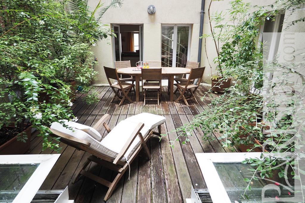 paris location meubl e appartement type t6 monceau terrace. Black Bedroom Furniture Sets. Home Design Ideas