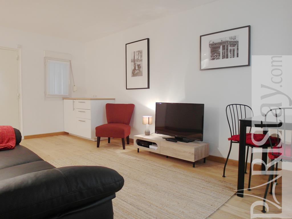 paris location meubl e appartement type t2 paris nice. Black Bedroom Furniture Sets. Home Design Ideas