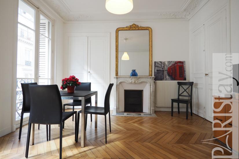 paris location meubl e appartement type t3 voltaire. Black Bedroom Furniture Sets. Home Design Ideas
