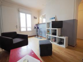 Apartment Republique Lancry - 2 bedrooms