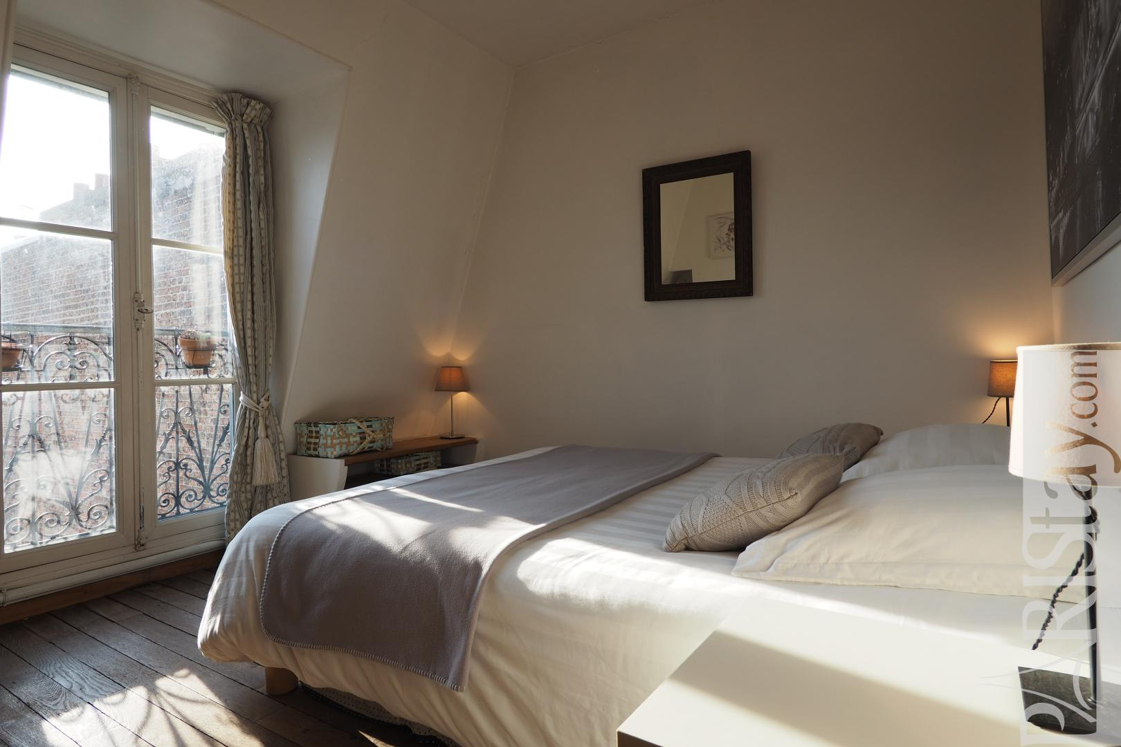 Location appartement paris montmartre appartement t2 meubl - Chambre a coucher paris ...
