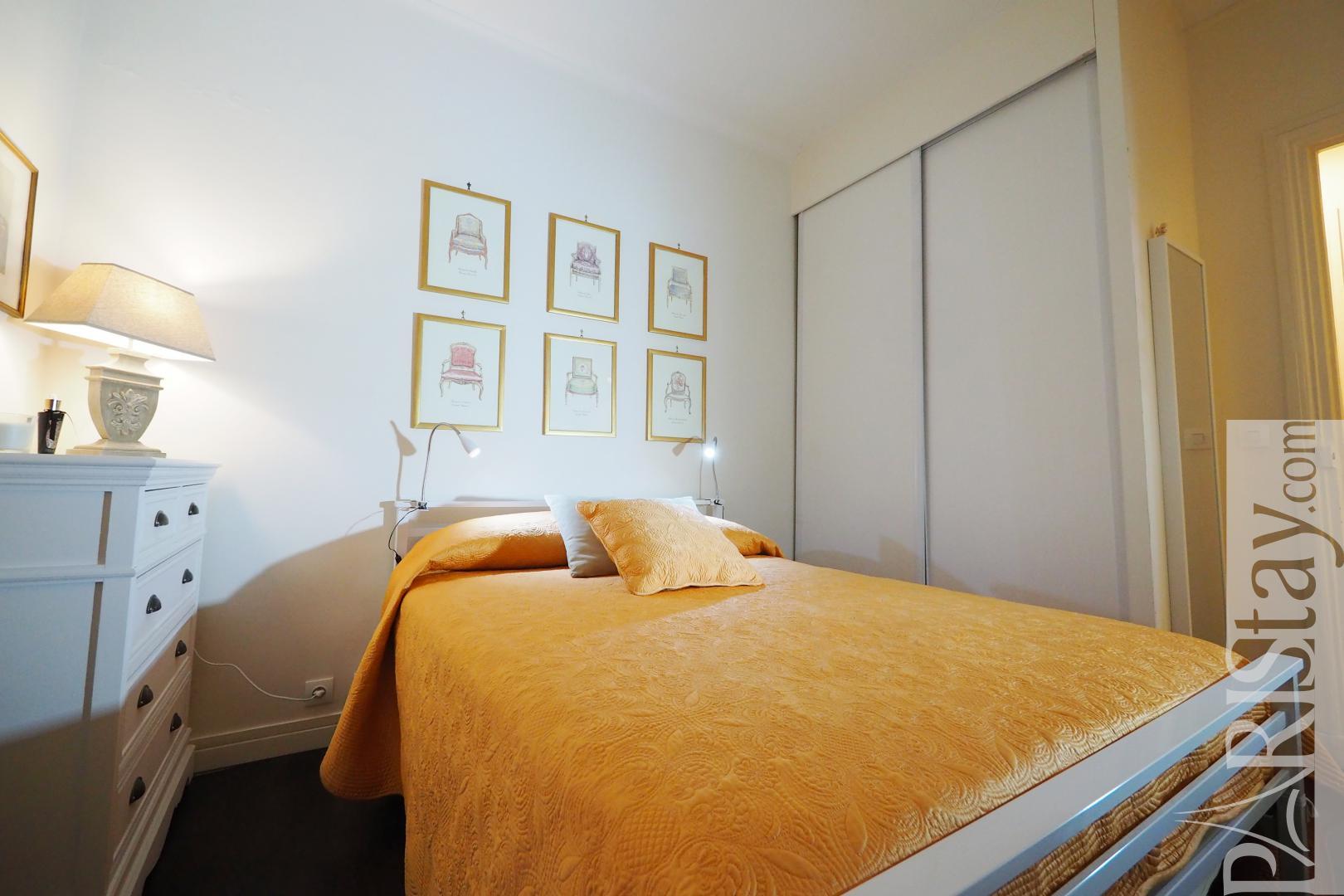 location appartement meuble paris t3 2 chambres equip commerce. Black Bedroom Furniture Sets. Home Design Ideas