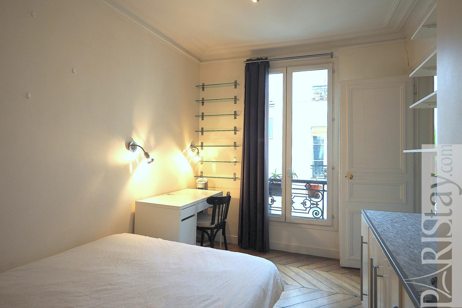Appartement meuble a louer a paris t2 montorgueil for Appartement a louer meuble paris