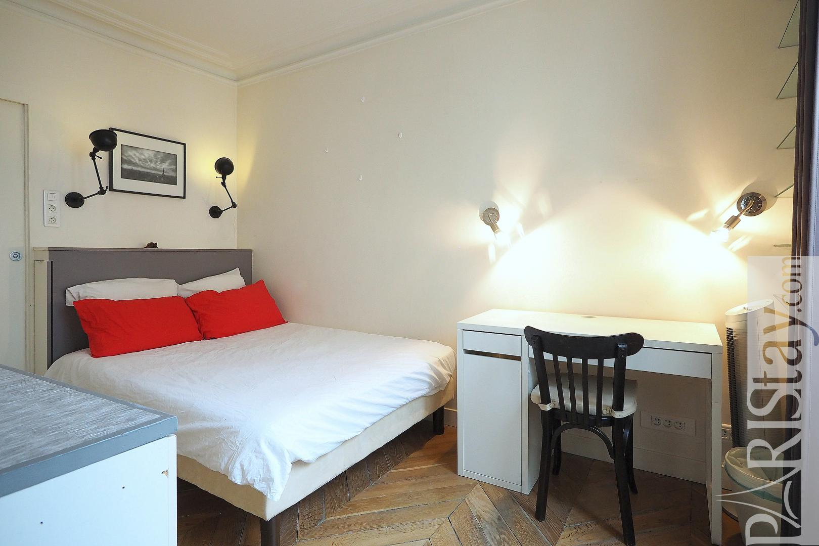 Appartement meuble a louer a paris t2 montorgueil for Appartement a louer meuble paris